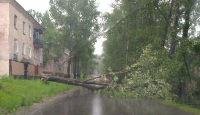 Провести ремонт многоквартирных домов после штормового ветра потребовала прокуратура