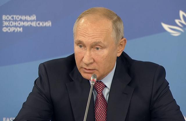 «Нас на смех поднимут»: Путин потребовал решить вопрос с пунктами пропуска на мостах в Китай