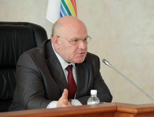 Бывшего губернатора ЕАО Александра Винникова приговорили к 4 годам лишения свободы условно