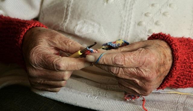 80-летнюю старушку обокрали в Биробиджане