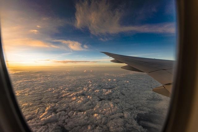 Россия ограничивает авиасообщение со всеми странами