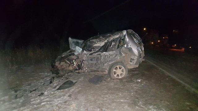 Два автомобиля столкнулись на трассе в ЕАО