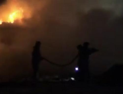 Семья с тремя детьми едва не погибла в огне