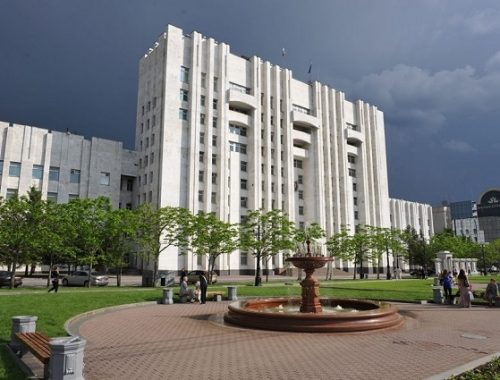Силовики провели обыск в правительстве Хабаровского края