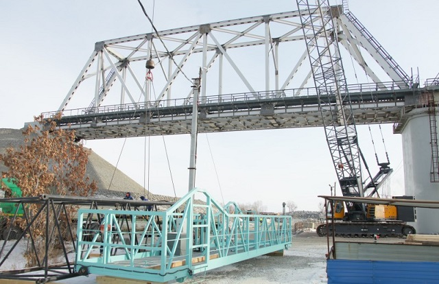 Свершилось: Россия и Китай соединили части моста в Нижнеленинском