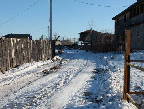 Впервые за пять лет: в Биробиджане очистили улицу от снега