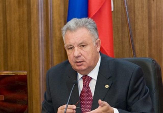 Суд отправил бывшего полпреда президента в ДФО Виктора Ишаева под домашний арест