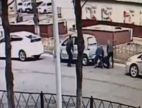 Полицейские задержали биробиджанца с наркотиками (ВИДЕО)