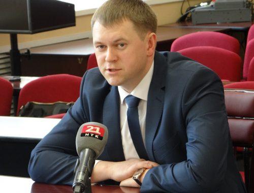Александр Головатый официально вступил в должность мэра Биробиджана