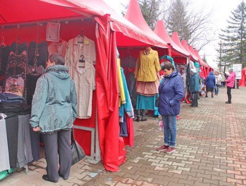 В центре Биробиджана открылась выставка товаров из Белоруссии