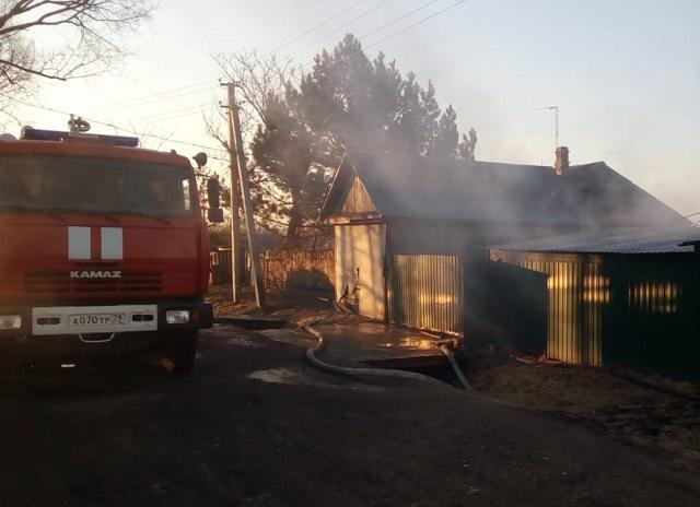 Квартиру, гараж и автомобиль уничтожил огонь в ЕАО