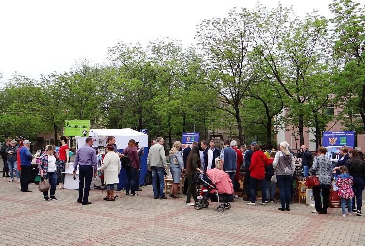 Выставка-ярмарка местных производителей развернулась в Биробиджане