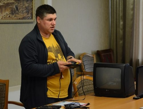 Волонтеров в ЕАО обучили подключению цифрового эфирного телевидения