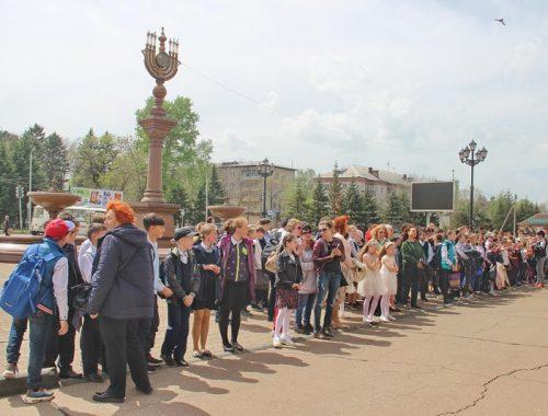 Биробиджанским школьникам напомнили о правилах безопасности на железной дороге