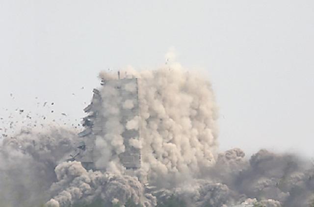 Более 100 зданий снесут на Дальнем Востоке