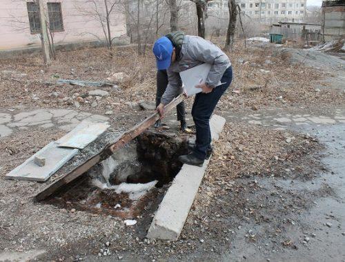 Опасные канализационные колодцы обнаружены в ЕАО