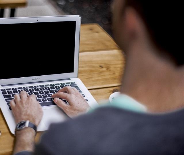 Условным сроком отделался 30-летний биробиджанец за распространение порнографии