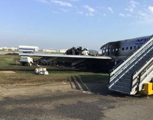 СК назвал версии авиакатастрофы в Шереметьево