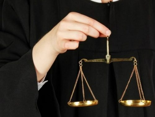 Российского судью уличили в крупном мошенничестве