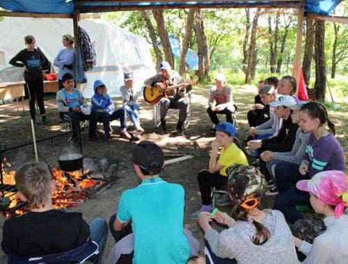Уникальный детский лагерь под открытым небом открылся в ЕАО