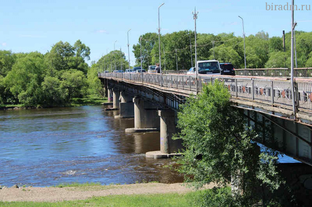 Объявлен аукцион на ремонт моста через реку Биру