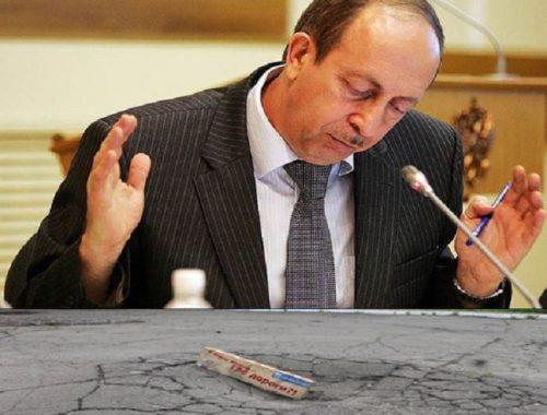А земную работу делать будем? Губернатор Левинталь променял совещание у вице-премьера по ремонту дорог на форум