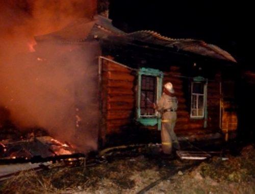 Две дачи вспыхнули почти в одно время в Биробиджане