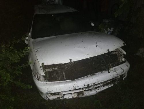 Лихач улетел в кювет на дороге в ЕАО из-за дождя