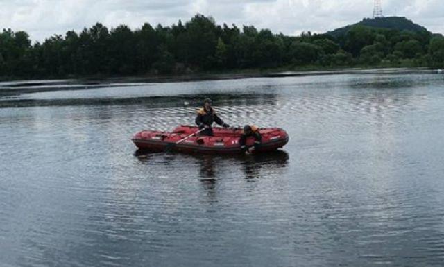 Спасатели ищут предположительно утонувшего в карьере биробиджанца