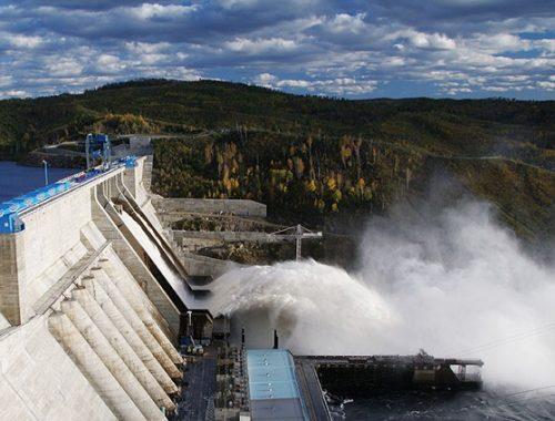 Бурейская ГЭС увеличивает расход воды из-за ожидающихся осадков