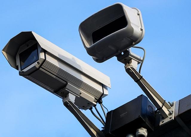 Приборы фотовидеофиксации нарушений установили в районе старого моста