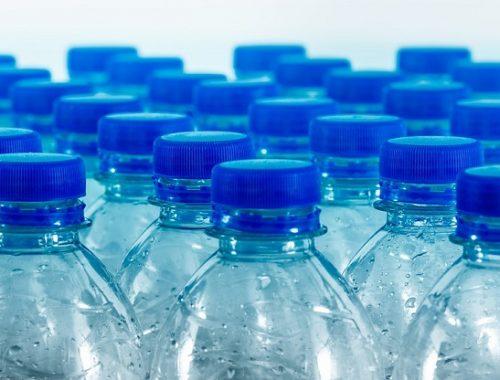 Почти 80% минеральной воды в магазинах оказалось контрафактом