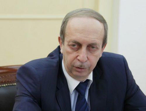 РБК: в Кремле обсуждается отставка губернатора ЕАО, но решения пока нет