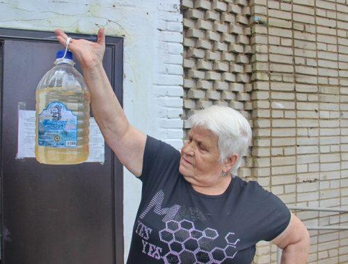 Мутная вода с жутким запахом льется из кранов жителей поселка ЕАО
