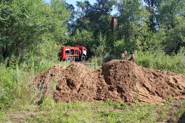 В приамурском поселке ЕАО соорудили насыпные дамбы – защиту от наводнения