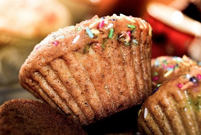 Почти три килограмма просроченных сладостей изъяли из оборота в ЕАО