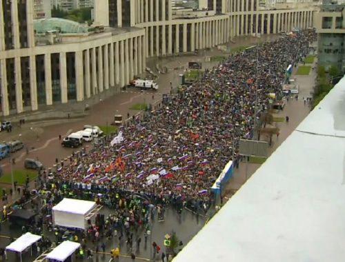 Митинг за честные выборы в Москве собрал рекордные 50 000 человек