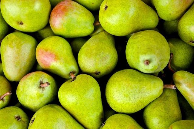 Россия приостанавливает ввоз фруктов из Китая