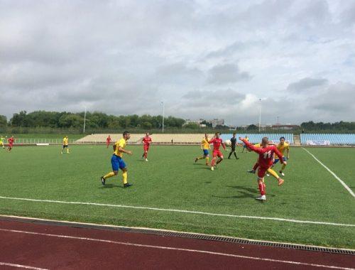 Биробиджанский «Спектр» вышел в полуфинал на Первенстве России по футболу