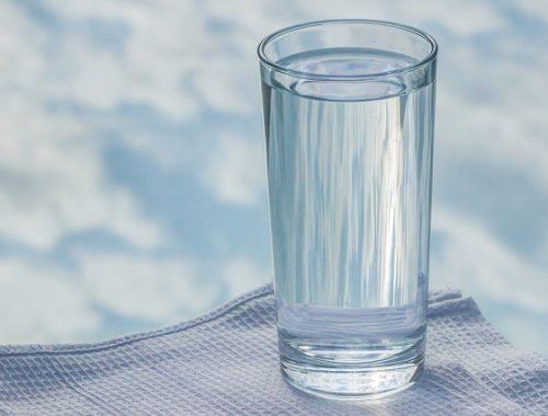 Бутилированную и кипяченую воду рекомендуют употреблять жителям ЕАО из-за паводка