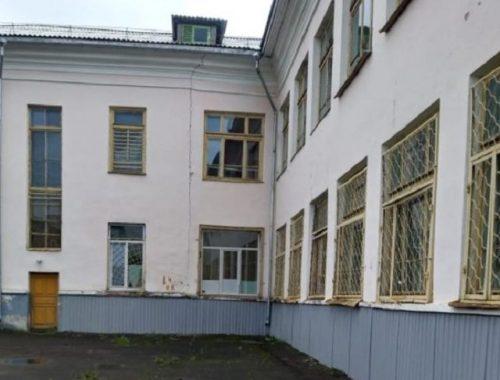 Дни здания школы № 9 еще не сочтены