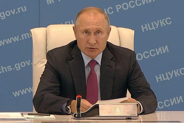 Путин потребовал отчет о работе с жителями ЕАО, пострадавшими от наводнения