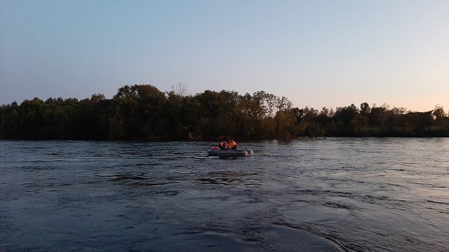 Мужчина едва не утонул в реке в Биробиджане