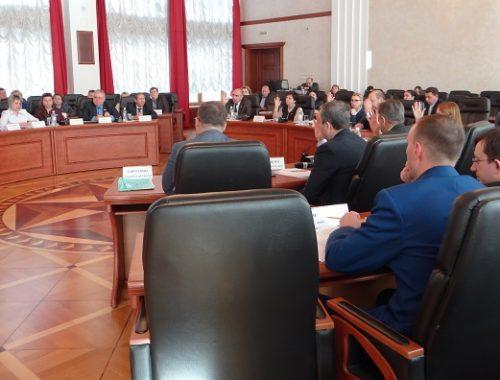 Большинством голосов бюджет ЕАО на 2020 год принят в первом чтении