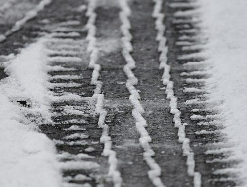 Из-за снега закрыто движение автобусов на участке трассы Облучье — Биробиджан