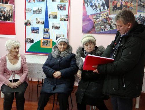 Депутат Иван Проходцев вместе с избирателями добивается возвращения прежней «девятки»
