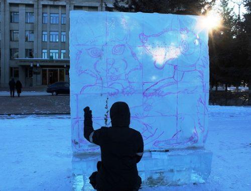 Международный конкурс ледовых скульптур «Хрустальная менора» стартовал в Биробиджане