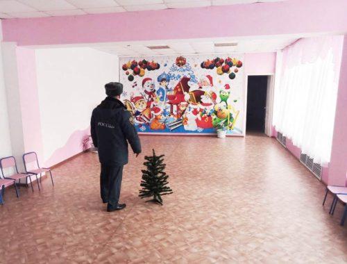 В ЕАО начались внеплановые проверки мест проведения новогодних мероприятий