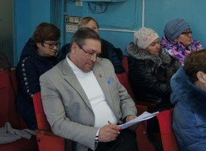 Четыре месяца депутат «выбивал» себе удостоверение в ЕАО