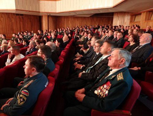 Защитников Отечества чествовали в Биробиджане